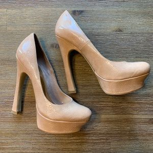Like-New Wild Pair Nude Platform Heels